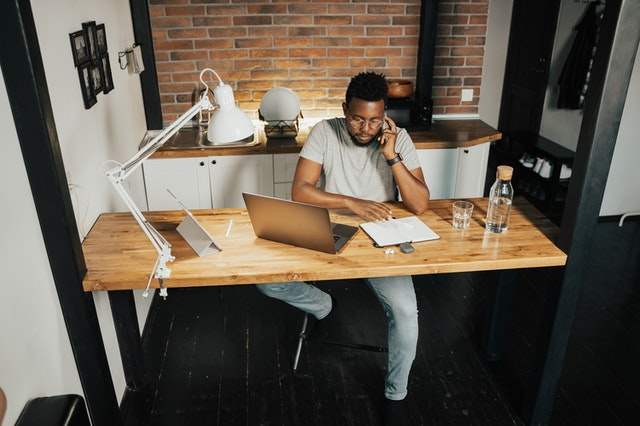 5 Ways to Set Boundaries When Working from Home
